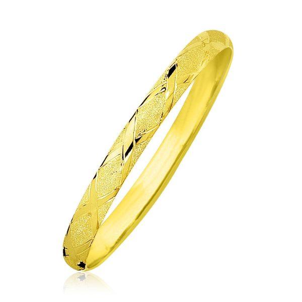 10k Yellow Gold Slender Diamond Pattern Textured Bangle